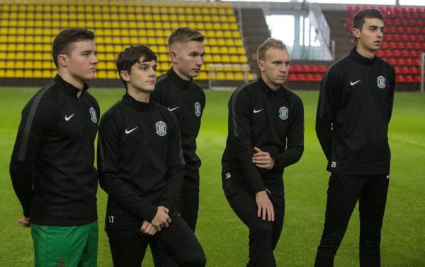 """""""Žalgirio"""" peržiūroje – trys jauni lietuviai"""